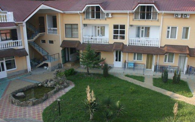 Отель Penaty Pansionat Сочи вид на фасад