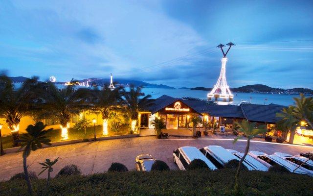 Отель MerPerle Hon Tam Resort вид на фасад