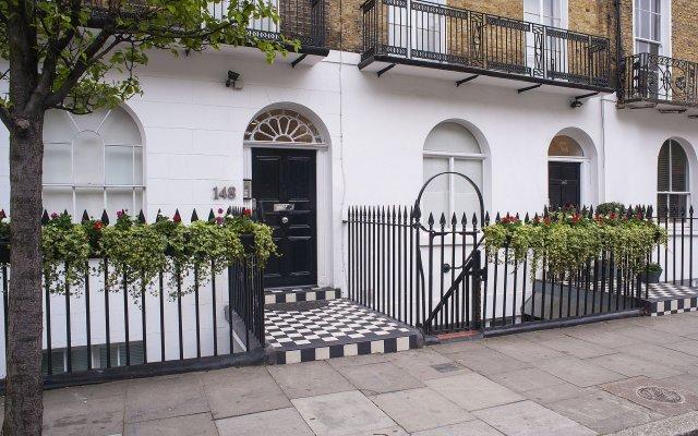 Отель MStay 146 Studios Великобритания, Лондон - 1 отзыв об отеле, цены и фото номеров - забронировать отель MStay 146 Studios онлайн вид на фасад