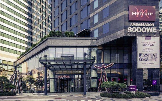 Отель Mercure Ambassador Seoul Gangnam Sodowe вид на фасад