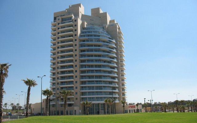 Ramada Hotel & Suites by Wyndham Netanya