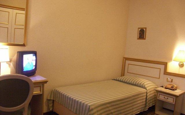 Отель Terme Villa Piave Италия, Абано-Терме - отзывы, цены и фото номеров - забронировать отель Terme Villa Piave онлайн комната для гостей