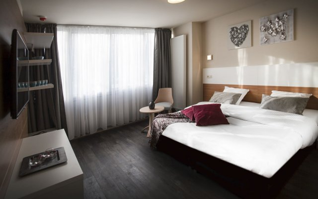 Отель Antwerp Inn комната для гостей
