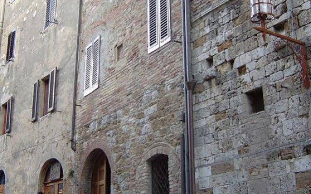 Отель Antica Posta Италия, Сан-Джиминьяно - отзывы, цены и фото номеров - забронировать отель Antica Posta онлайн вид на фасад