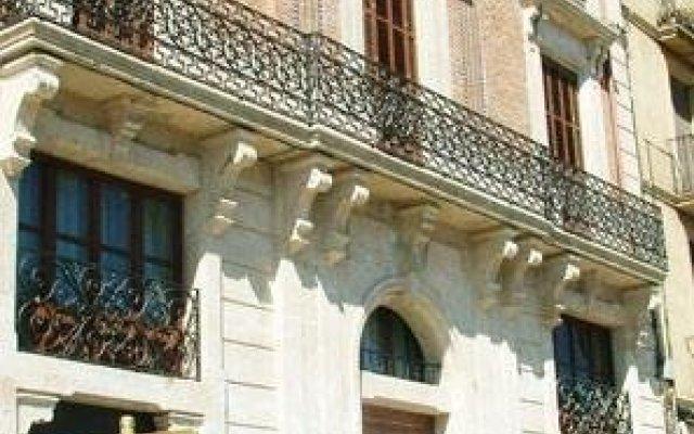 Отель Mercer Casa Torner i Güell вид на фасад