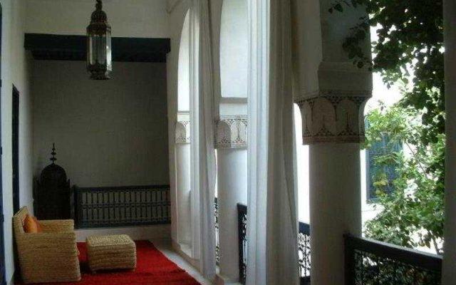 Отель Riad Sara & Saara Srira Марокко, Марракеш - отзывы, цены и фото номеров - забронировать отель Riad Sara & Saara Srira онлайн балкон