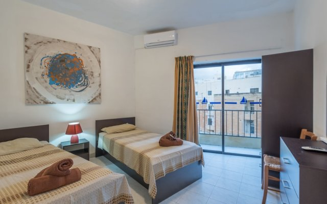 Апартаменты Fleur 3 bedroom apartment Sliema Слима комната для гостей
