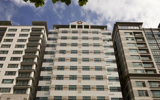 Provista Hotel вид на фасад