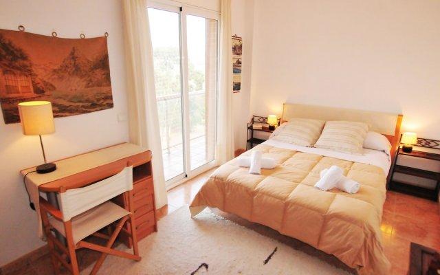 Отель HomeHolidaysRentals Apartamento Light - Costa Barcelona Испания, Мальграт-де-Мар - отзывы, цены и фото номеров - забронировать отель HomeHolidaysRentals Apartamento Light - Costa Barcelona онлайн комната для гостей