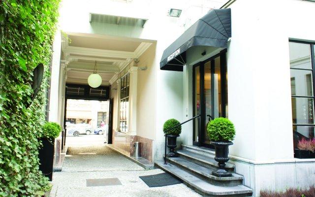 Hotel La Legende вид на фасад