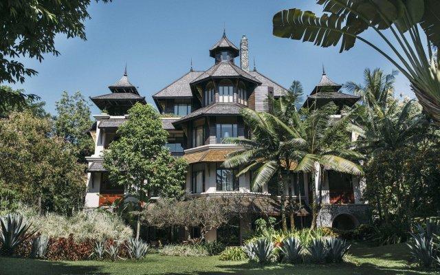 Отель Four Seasons Resort Chiang Mai вид на фасад