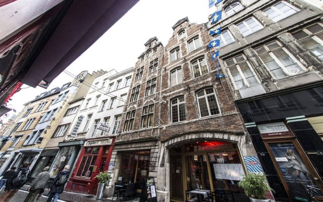 Апартаменты RentByNight - Apartments вид на фасад