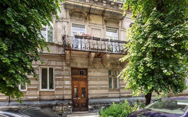 Апартаменты Nice apartment at the center Львов вид на фасад