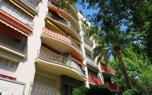 Отель Celia Premium by Nestor&Jeeves Ницца вид на фасад