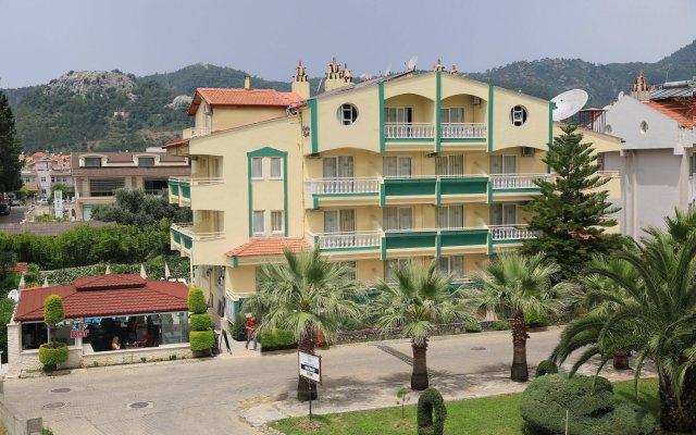 Апартаменты Amaris Apartments вид на фасад