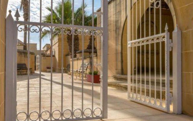 Отель Villa Al Faro Мальта, Гасри - отзывы, цены и фото номеров - забронировать отель Villa Al Faro онлайн вид на фасад
