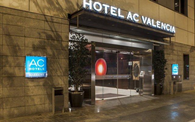 Отель Ac Valencia By Marriott Валенсия вид на фасад