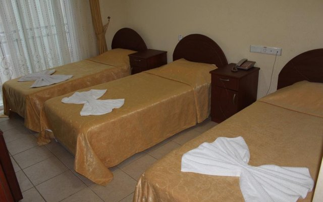 Korykos Hotel комната для гостей