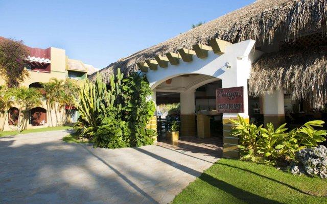 Отель Casa Marina Beach & Reef All Inclusive вид на фасад