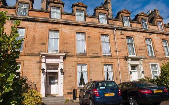 Отель The Ben Doran Эдинбург вид на фасад
