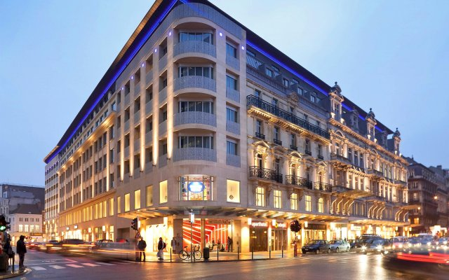 Отель Aparthotel Adagio Brussels Grand Place вид на фасад