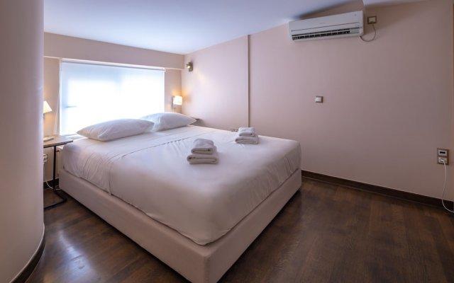 Solon - Deluxe City Center Apartment