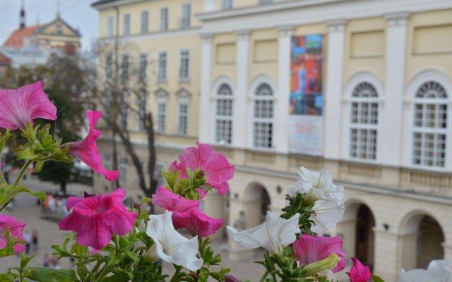 Гостиница На Площади вид на фасад