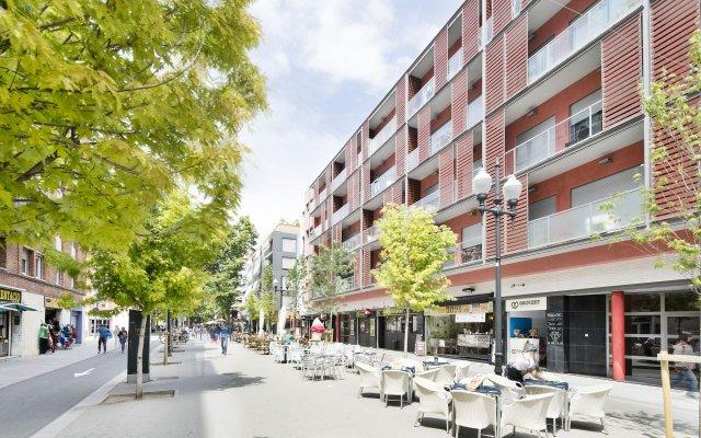 Отель Lugaris Rambla Барселона вид на фасад