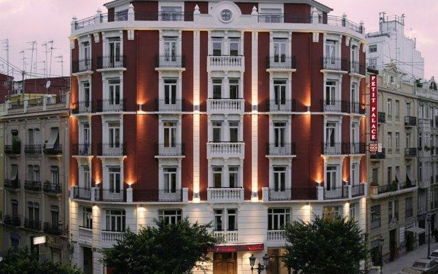 Отель Petit Palace Ruzafa Валенсия вид на фасад