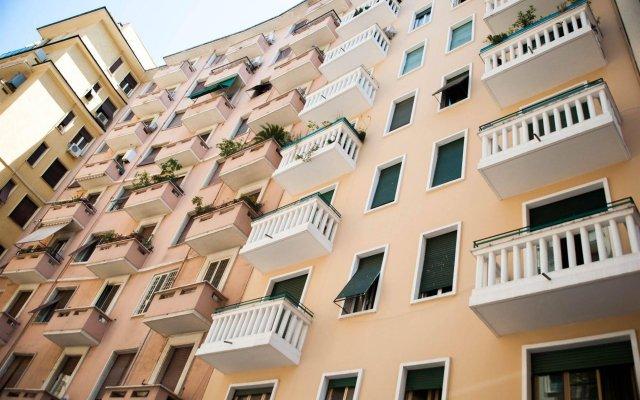 Отель Almes Roma B&B вид на фасад