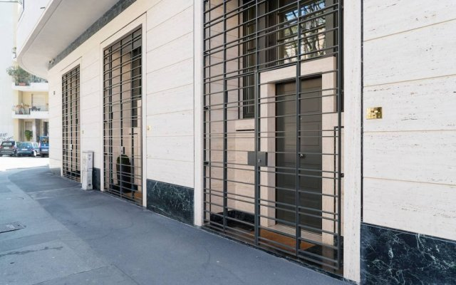 Отель Design apartment near the City Center Италия, Милан - отзывы, цены и фото номеров - забронировать отель Design apartment near the City Center онлайн вид на фасад