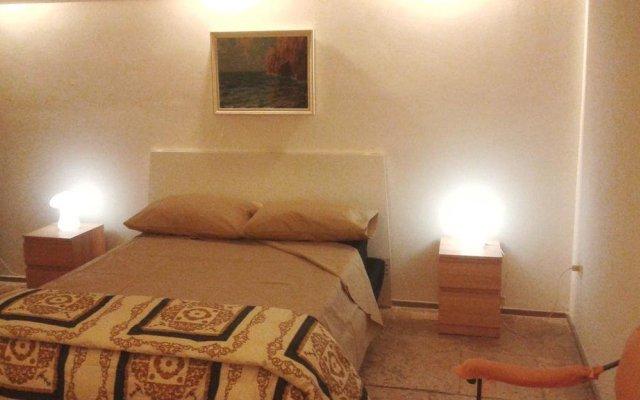 Отель Comfort As Usual Бари комната для гостей