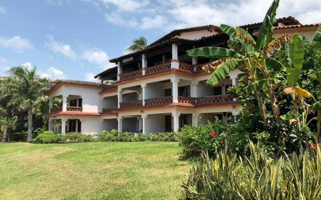 Hotel Arcoiris вид на фасад