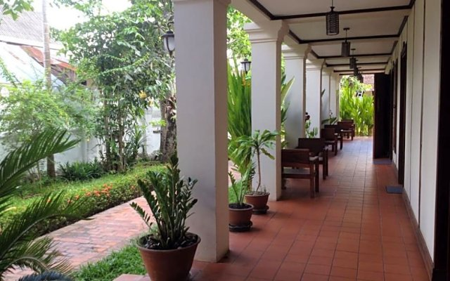 Отель Luang Prabang Residence (The Boutique Villa) вид на фасад