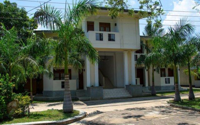 Отель The Kent Шри-Ланка, Тиссамахарама - отзывы, цены и фото номеров - забронировать отель The Kent онлайн вид на фасад