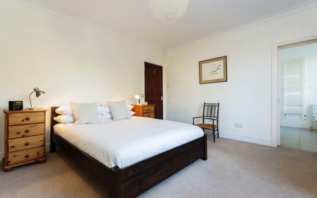 Отель Keat's Country Лондон комната для гостей