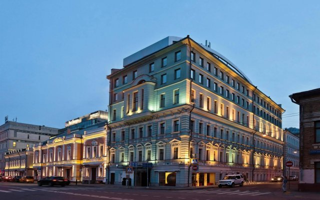 Chekhoff Hotel Moscow вид на фасад