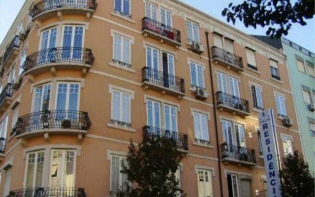 Отель Residencial Joao Xxi Лиссабон вид на фасад