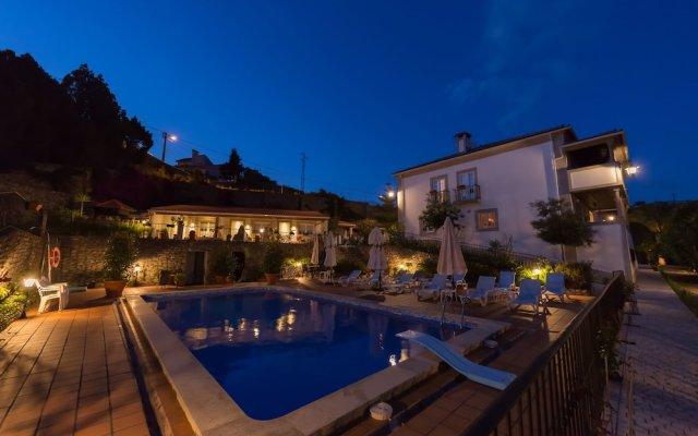 Отель Casa de São Domingos Португалия, Пезу-да-Регуа - отзывы, цены и фото номеров - забронировать отель Casa de São Domingos онлайн вид на фасад