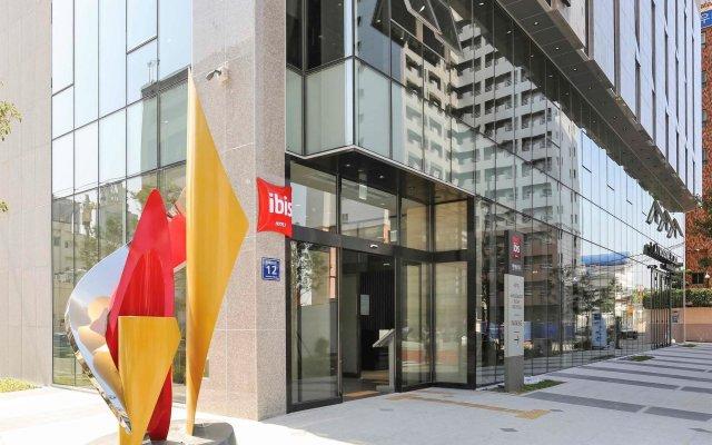 Отель ibis Ambassador Busan Haeundae вид на фасад
