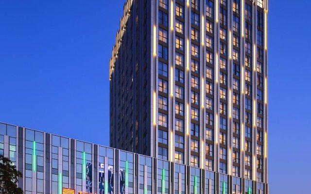 Отель Wanda Realm Neijiang вид на фасад