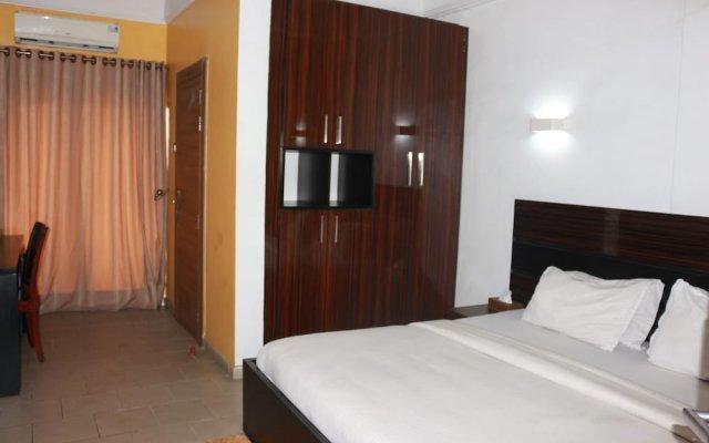 Отель Golden Tulip Airport Hotel Нигерия, Варри - отзывы, цены и фото номеров - забронировать отель Golden Tulip Airport Hotel онлайн комната для гостей