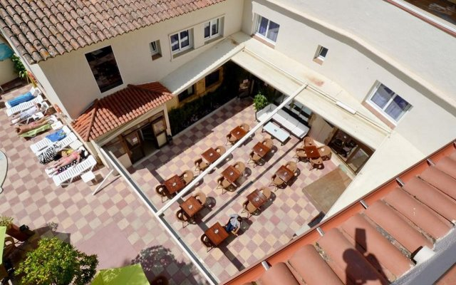 Отель Moremar Испания, Льорет-де-Мар - 4 отзыва об отеле, цены и фото номеров - забронировать отель Moremar онлайн вид на фасад