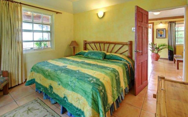 Отель BayWatch,Runaway Bay/Jamaica Villas 5BR комната для гостей