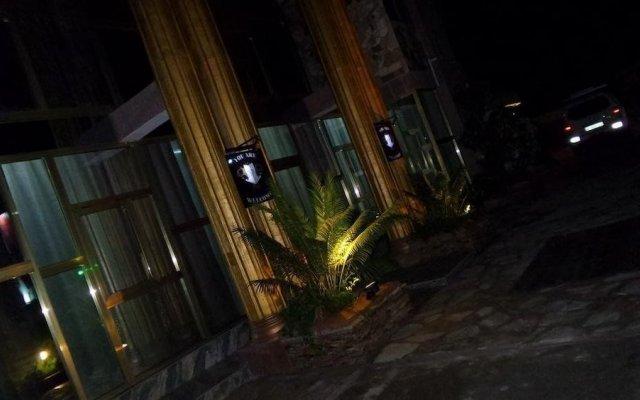 NP Plaza Hotel