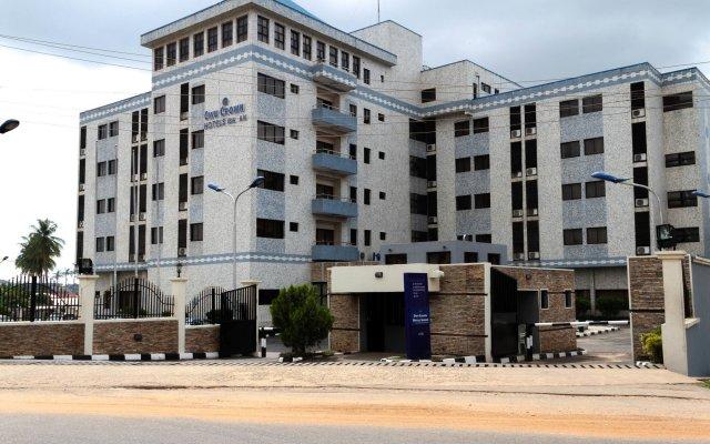 Owu Crown Hotel вид на фасад