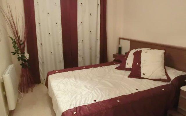 Отель Apartament Santa Clotilde 2 Испания, Льорет-де-Мар - отзывы, цены и фото номеров - забронировать отель Apartament Santa Clotilde 2 онлайн комната для гостей