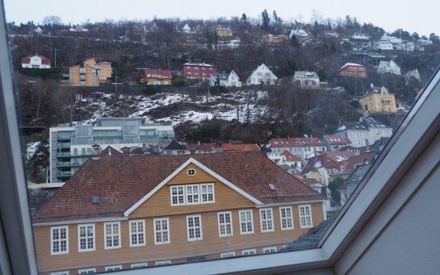 Отель Bergen Budget Aparthotel Норвегия, Берген - отзывы, цены и фото номеров - забронировать отель Bergen Budget Aparthotel онлайн вид на фасад