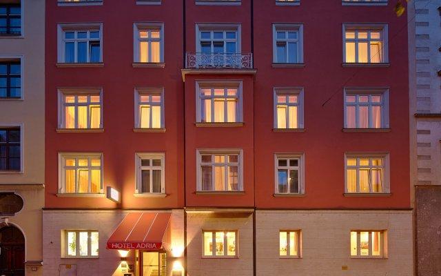 Отель Adria Munchen Мюнхен вид на фасад