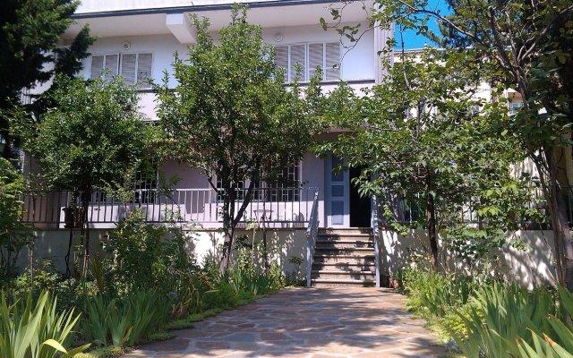 Отель Mkudro вид на фасад